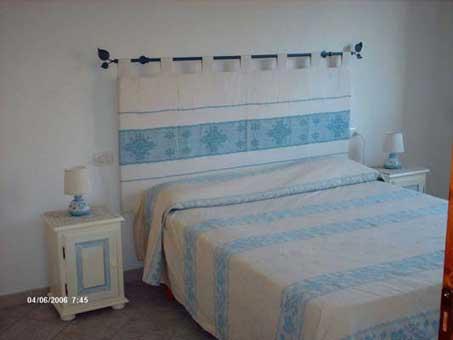 Sardegna case vacanza camera da letto